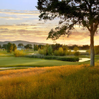 Greenhorn Creek is just one of the courses within easy driving distance of Murphys